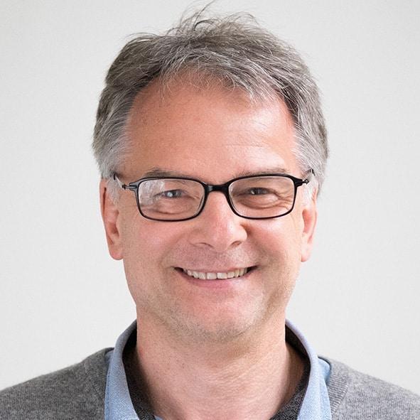 Dr. Gerald Binter