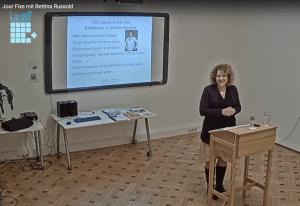 Bettina Russold beim Jour Fixe zum Thema